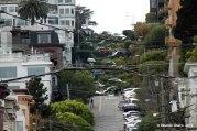 Lombard St., la calle más empinada del mundo, tanto que fue trazada en zig-zag